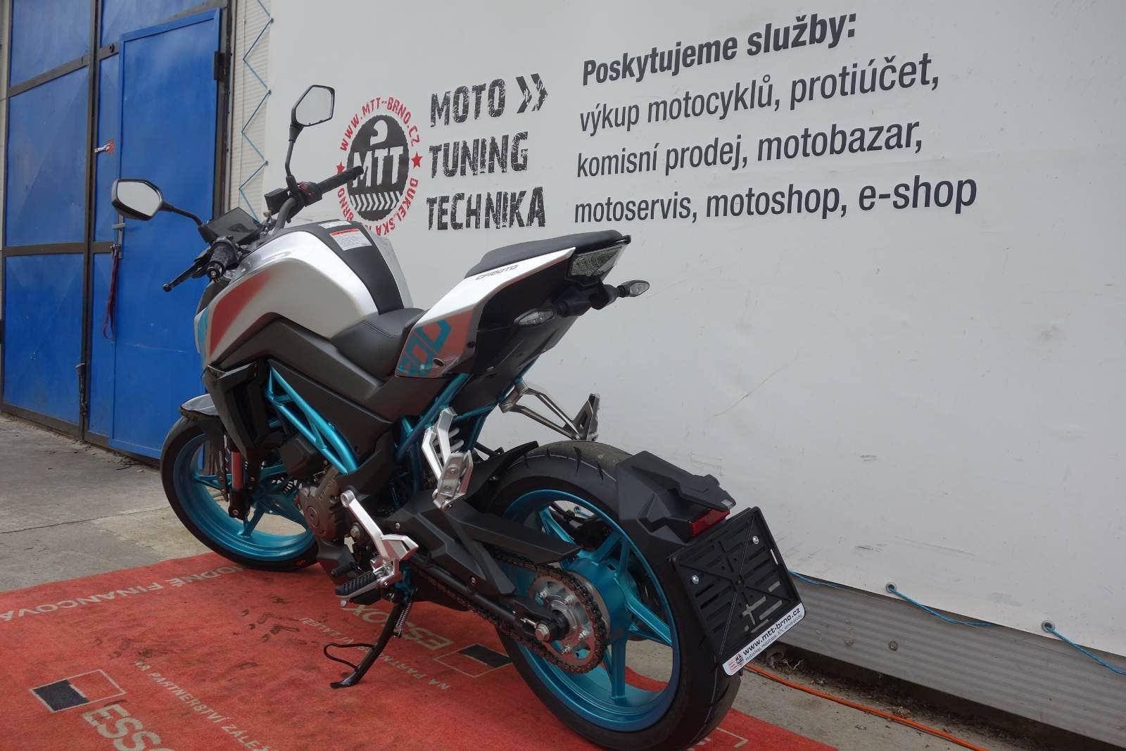 CFmoto 300 NK model 2020 (NOVÁ, 2020), 89.300 Kč - TipMoto.com